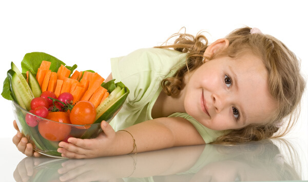 Ayudando a nuestro/a hijo/a con Artritis idiopática Juvenil: Nutrición