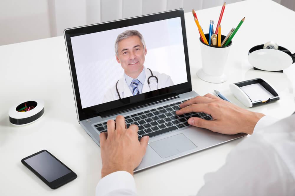 Uso de internet y redes sociales en médicos y pacientes con enfermedades reumáticas